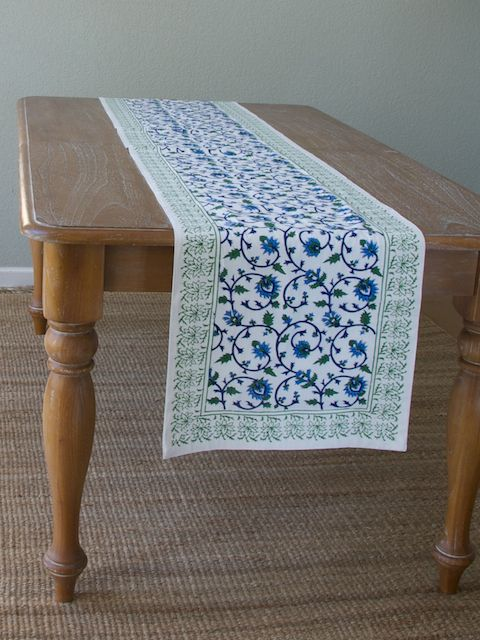 Elegant Floral White Green Table Runner Use Our Floral White Table