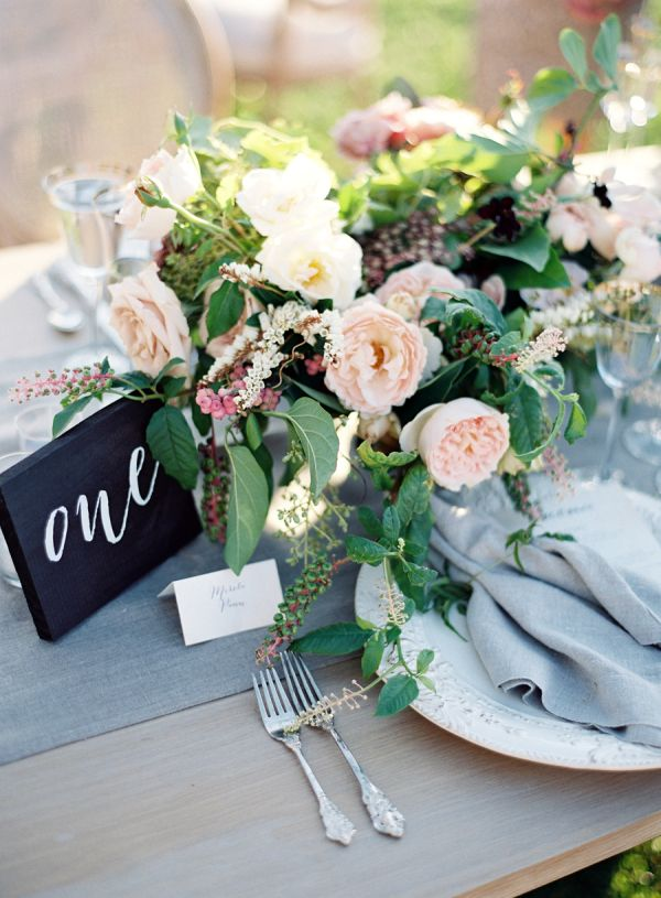 Grey and blue toned fall table decor: http://www.stylemepretty.com/2016/10/04/fall-wedding-trends/ Photography: Jose Villa - http://josevilla.com/