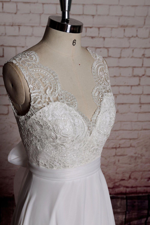 Simple aline wedding gown chiffon bridal gown with vback cut