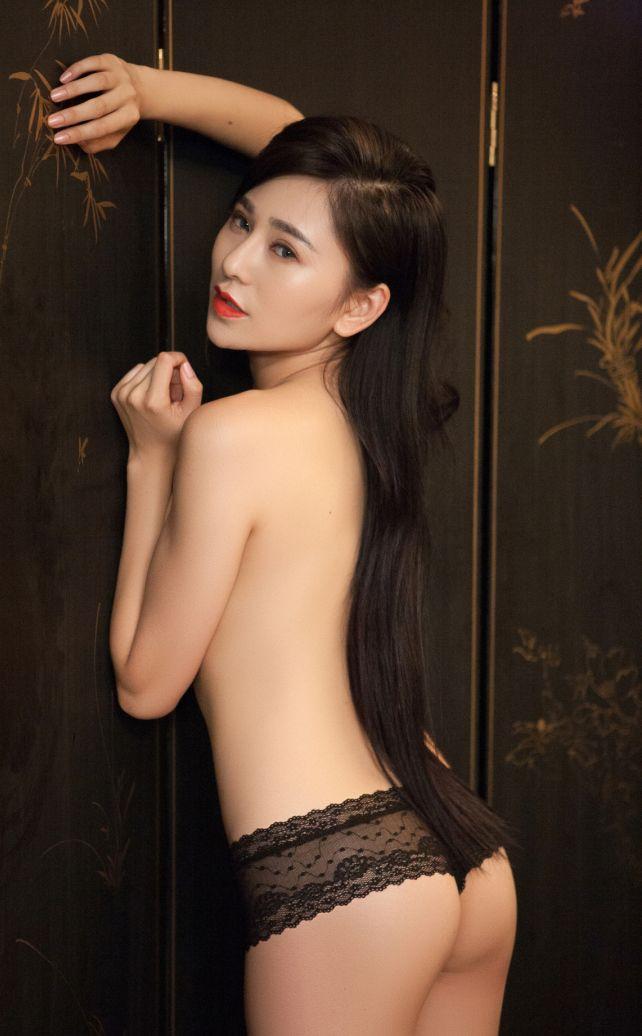 asian-playboy-model-pakishtani-hot-girl-asked-fucking