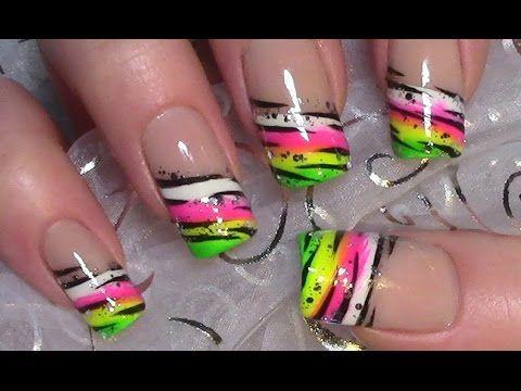 Buntes Neon Streifen Muster Nageldesign Colorful Nail Art Design