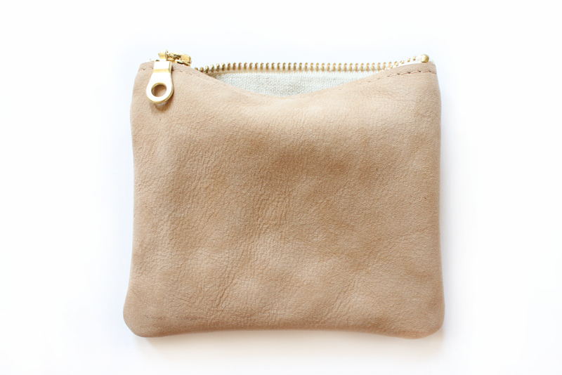 Cute little leather pouch #Rennes $40