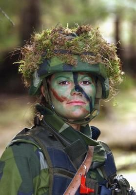 WOMEN KICKING ASS: Crown Princess Victoria of Sweden in the army