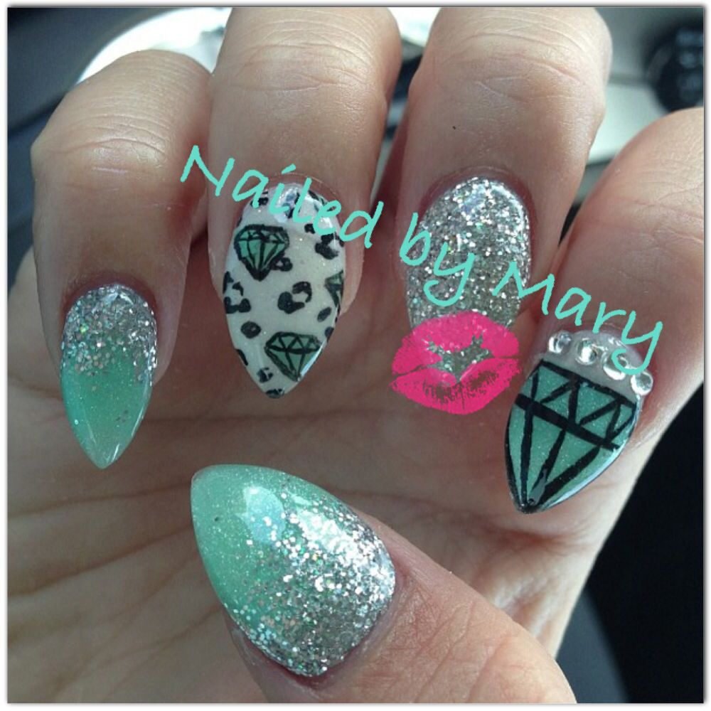 Stiletto Nail Art With Diamonds: Stiletto Diamond Supply Nails.