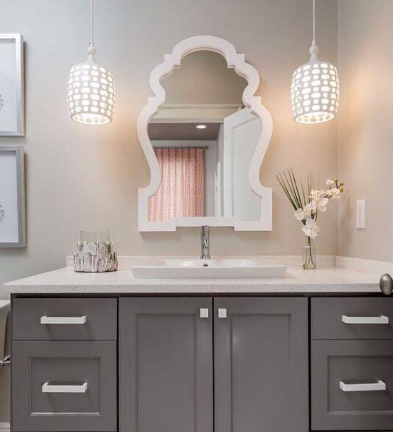 Benjamin Moore Chelsea Gray Bathroom Paint Color Scheme In Medium Gray And White Benjamin Moore Chelsea Gray Chelsea Gray Bathroom Paint Color Schemes