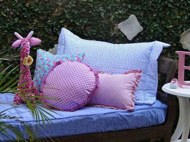 Kit berço e cama patchwork colorido  www.ateliecolorir.com.br