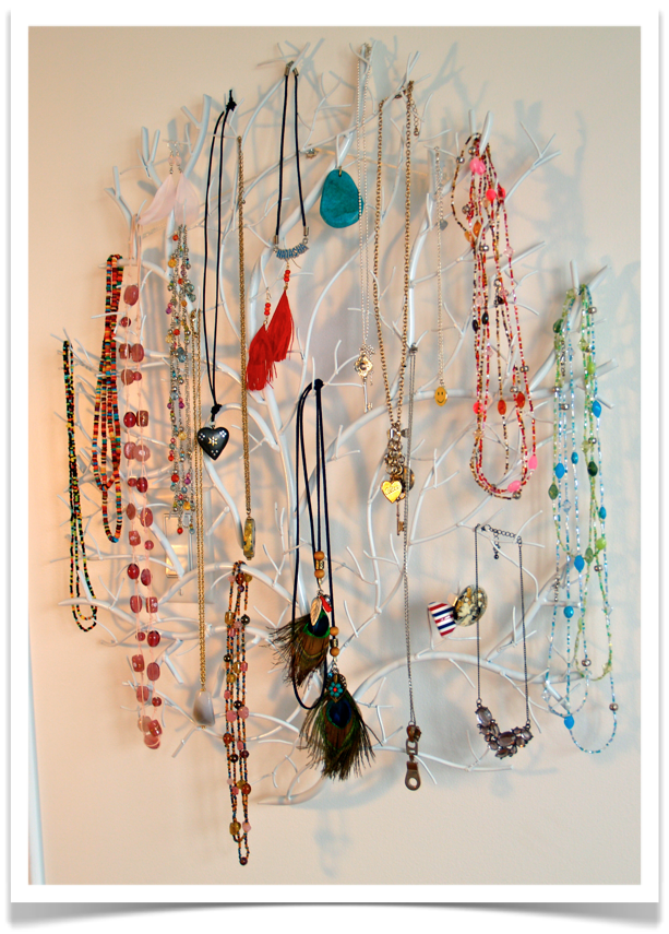 Organize necklaces not to busy or cluttered