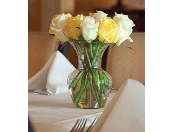 Centro mesa boda sencillo amarillo y blanco Arreglos Florales