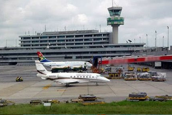 Foreigners Squeezed At Lagos Airport As Immigration Imposes 110 Fee Foreigners Coming Into Nigeria Are Currently International Flights Domestic Flights Lagos