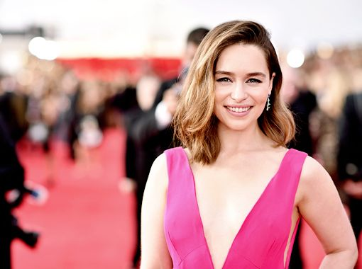 Emilia Clarke attends The 22nd Annual Screen Actors Guild Awards at The Shrine Auditorium on January 30, 2016 in Los Angeles, California (x)