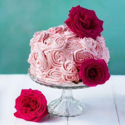 Lili Vanilli Showstopper Roses Birthday Cake With Ercream Flowers Pool Table Lightingpool Tabritish Bake Off
