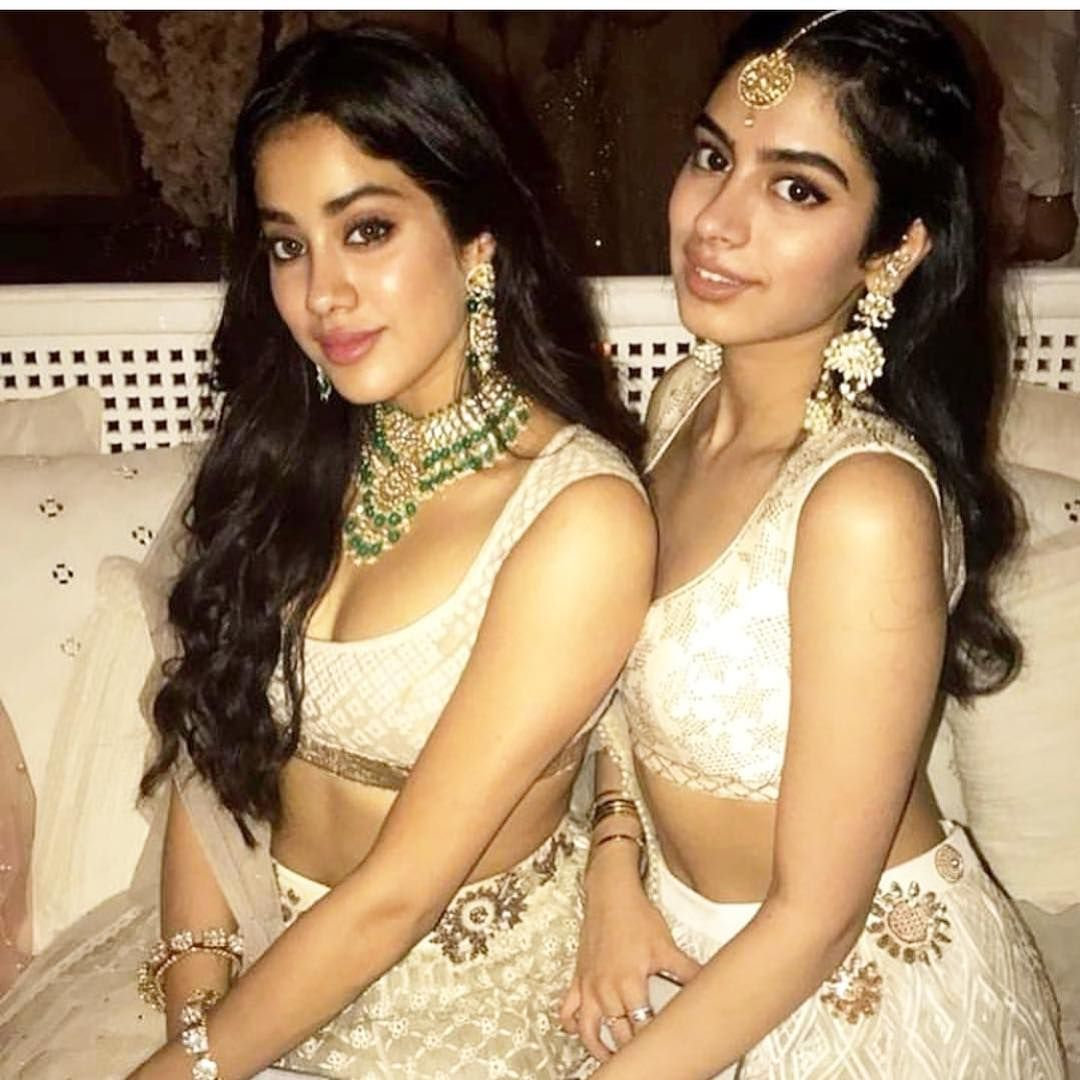 Sonam Kapoor Wedding Pics Engagement And Complete Wedding Pictures Sridevi Daughter Bollywood Celebrities Beautiful Indian Actress