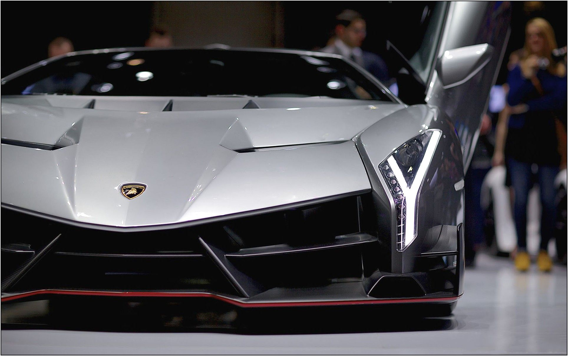 Lamborghini Have Just Released Their Latest And Greatest Creation, The  Veneno. It Is Ultra Sleek And Of Course Ridiculously Speedy.