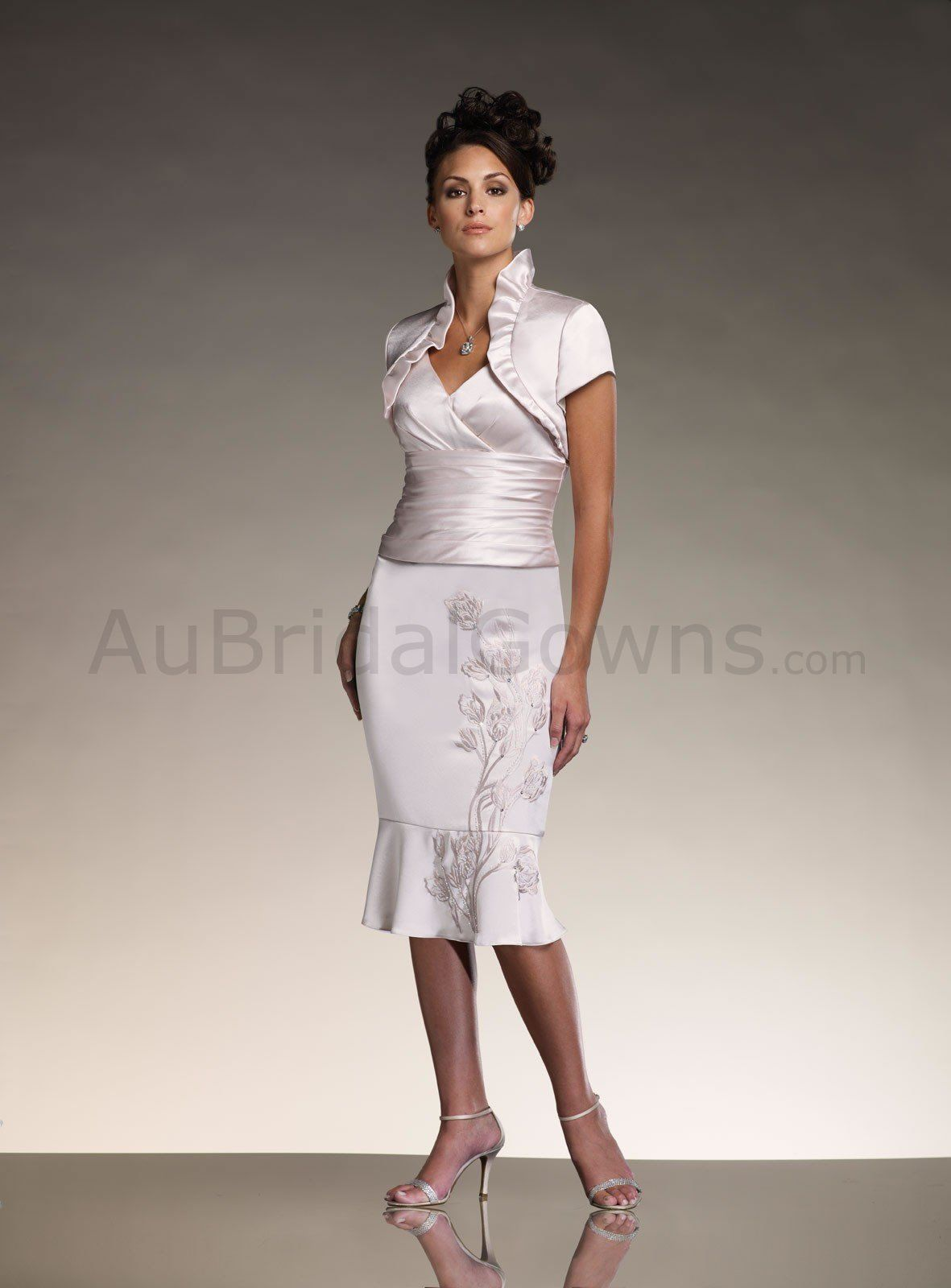 Silky crepe gathered v neck ruched bodice below the knee mother silky crepe gathered v neck ruched bodice below the knee mother bride dress ombrellifo Gallery
