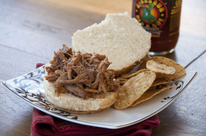 How to make pulled pork in crock pot with beer