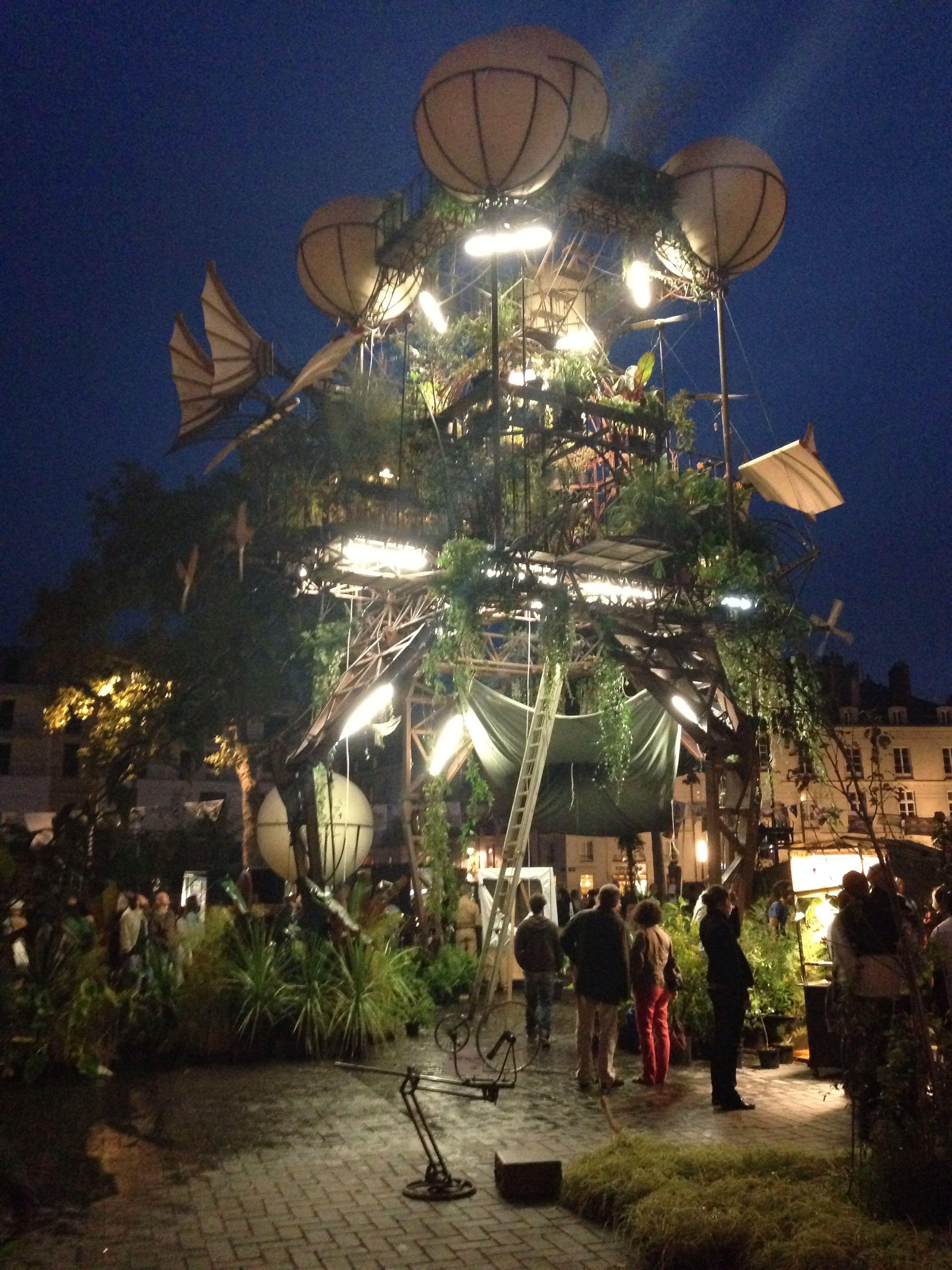 The aeroflorale machine in Nantes... Amazing!