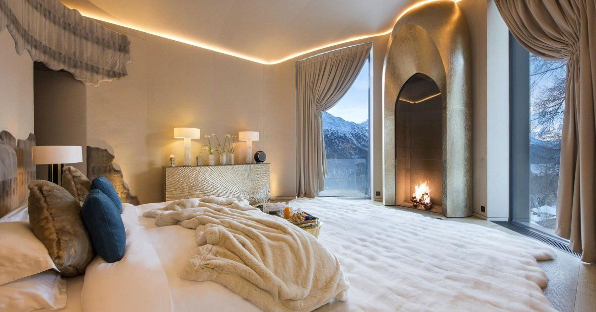 Inside A 185 Million Switzerland Mansion That Has Walls Covered In 24 Karat Gold Expensive Houses Home Mansions