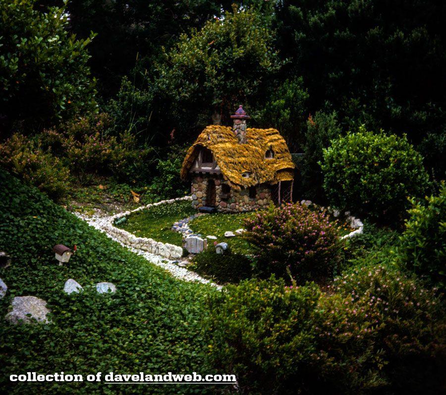 Davelandblog: The Devlin Collection: Storybook Land, Disneyland, 1969