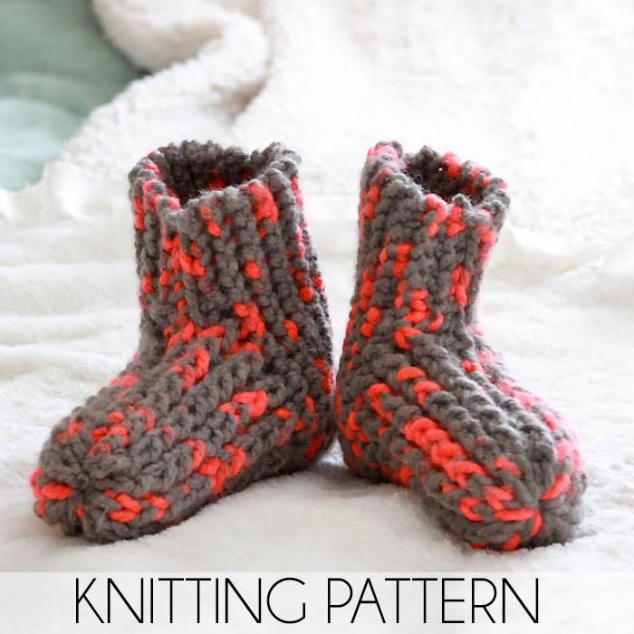 Easy Womens Slippers Knitting Pattern Craftee Knit