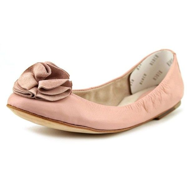 Bloch Zoe Women Flats ($114) ❤ liked on Polyvore featuring shoes, flats, pink, pink shoes, pink leather shoes, bloch, bloch flats and leather sole flats