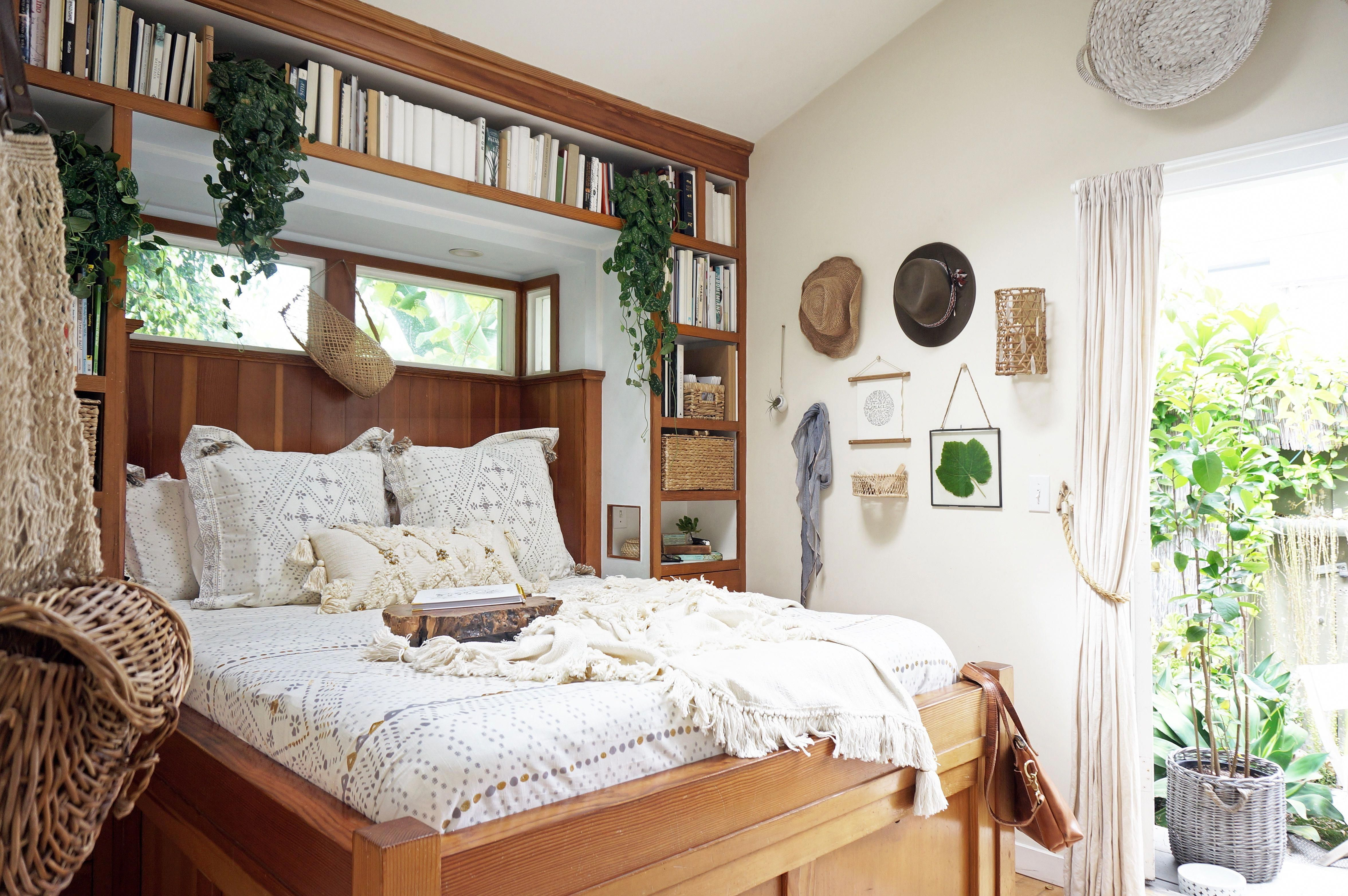 Photo of Great use of storage without shrinking the room. Unclutter Your Small  Bedroom  …