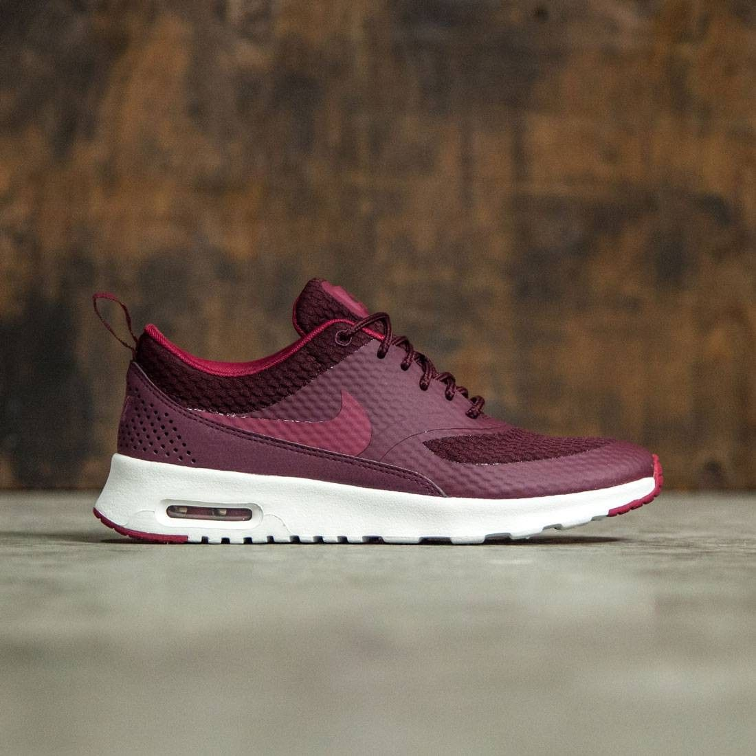 premium selection 50fdb 5b566 Nike Women Women S Nike Air Max Thea Textile (maroon   night maroon   noble  red-summit white)
