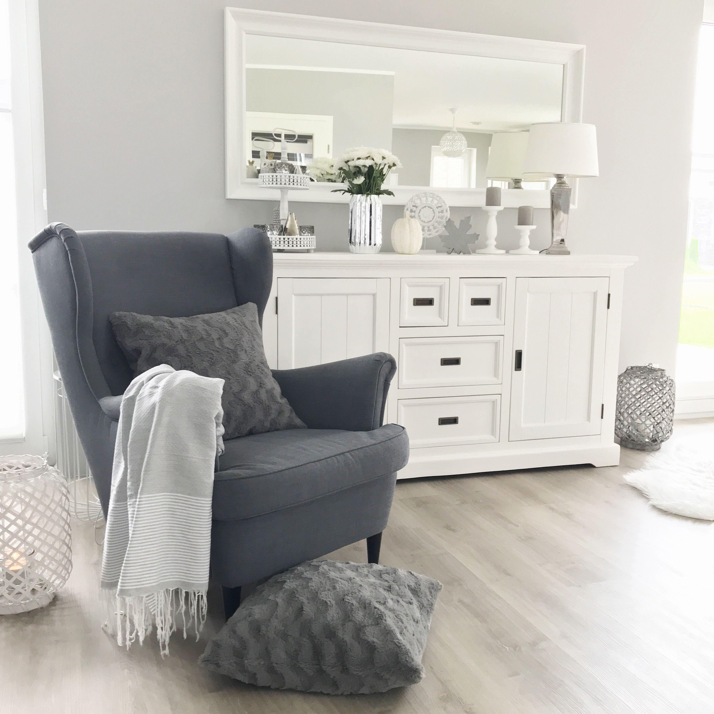 Instagram Wohn Emotion Landhaus Wohnzimmer Livingroom Modern Grau