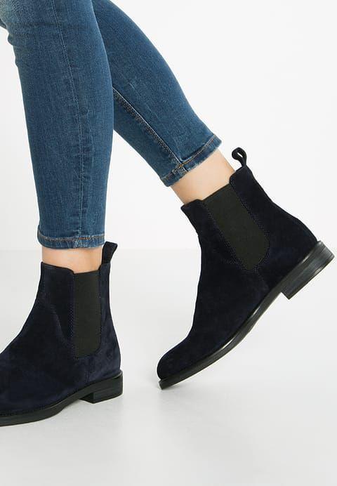 Vagabond Amina Botki Dark Blue Za 399 2 Zl 26 01 17 Zamow Bezplatnie Na Zalando Pl Boots Chelsea Boots Shoes