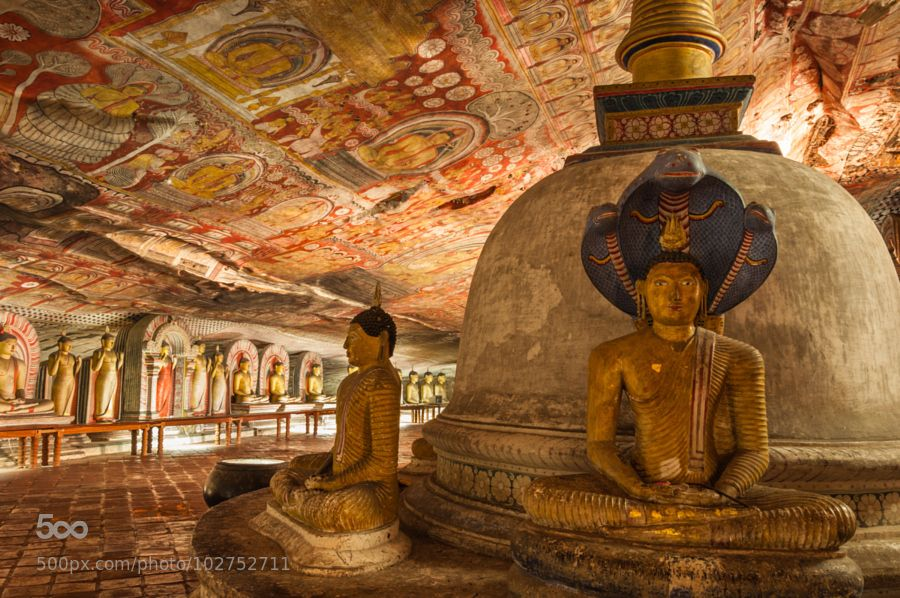 Dambulla Caves Statues. by sparsh