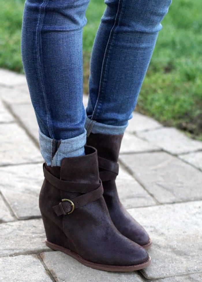 How to wear ankle boots with cuffed jeans.
