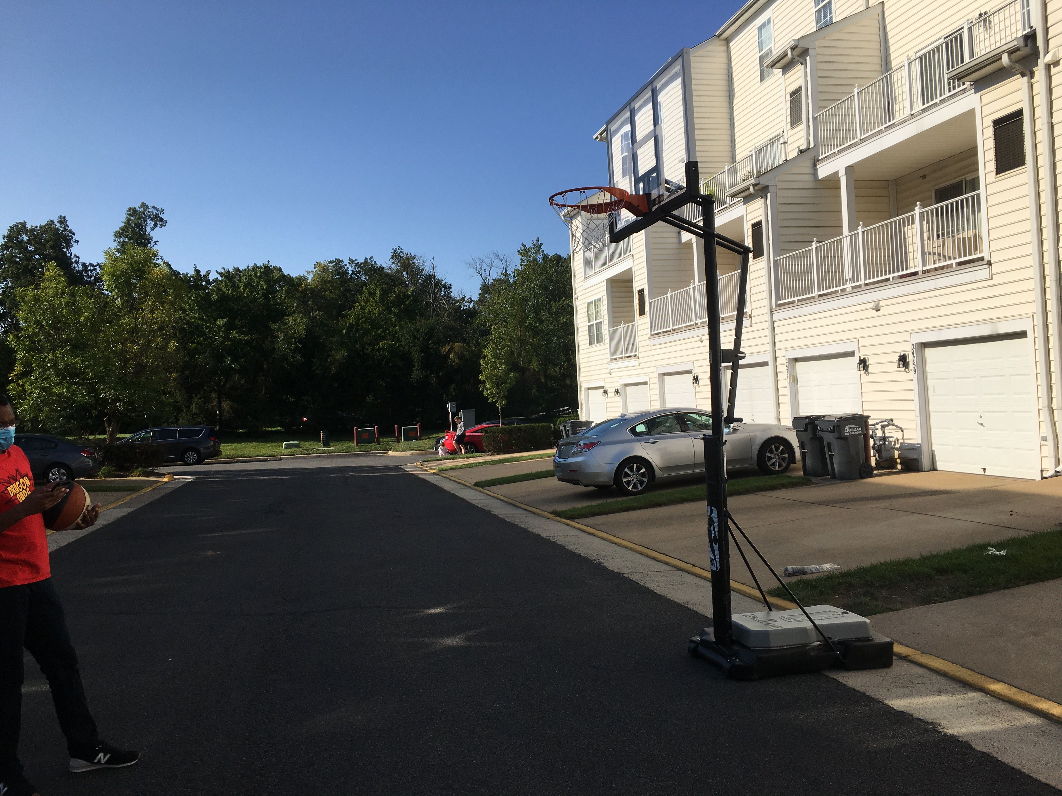 Portable Basketball Hoop Movers In Washington Dc Virginia And Maryland By Furniture Experts Movers Lexington Park Fort Belvoir Leesburg Virginia