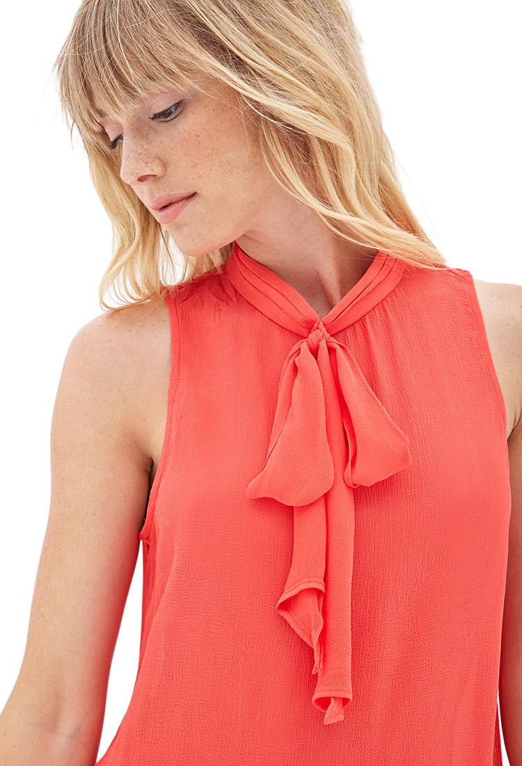 Bow-Front Crepe Top | LOVE21 - 2000068629