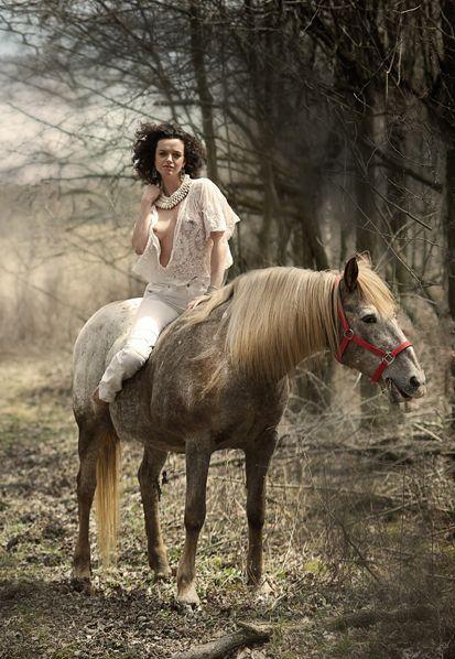 naked woman to horse   google horses pinterest