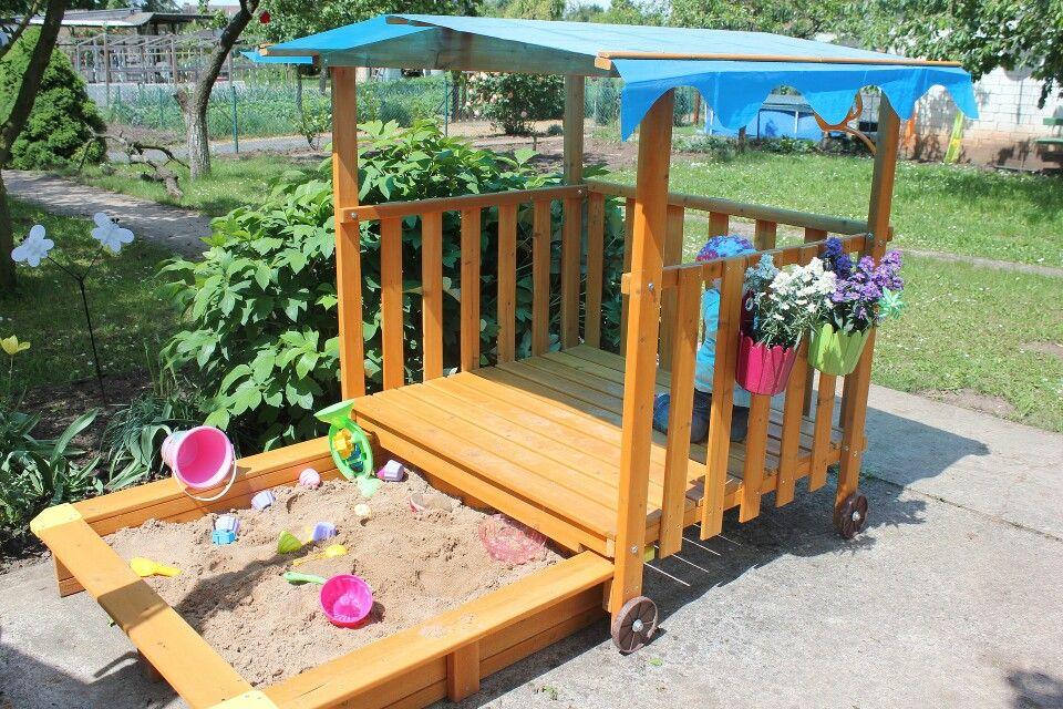 Unser Sandkasten Spielhaus