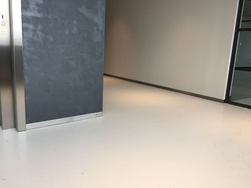 Rvs Plint Keuken : Rvs plint keukenblad rvs plint op maat geleverd mats profiles