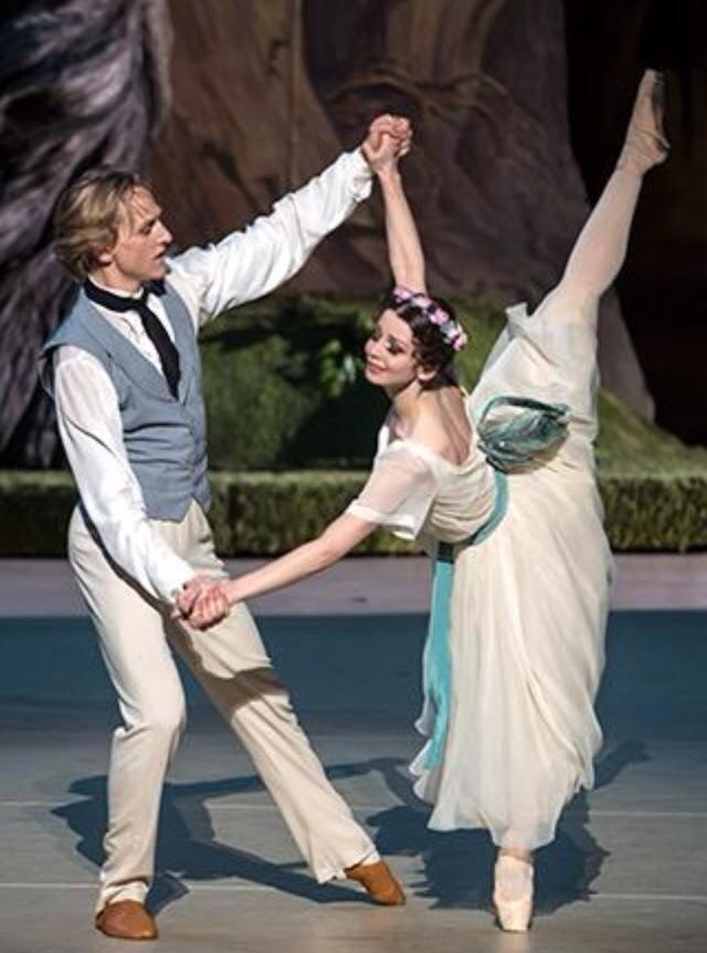 Evgenia Obraztsova (Bolshoi Ballet)...