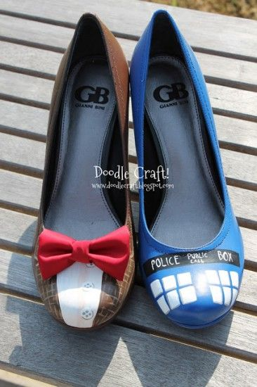These delightfully mismatched Doctor Who heels are by Natalie at Doodlecraft. I want them and I want them now