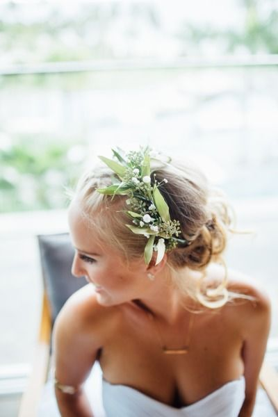 Rainy Maui Summer Wedding Wedding Hairstyles Flowers In Hair