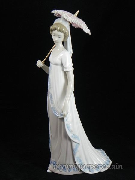 Lladro Retired Figurine 5322 Viennese Lady With Umbrella Parasol