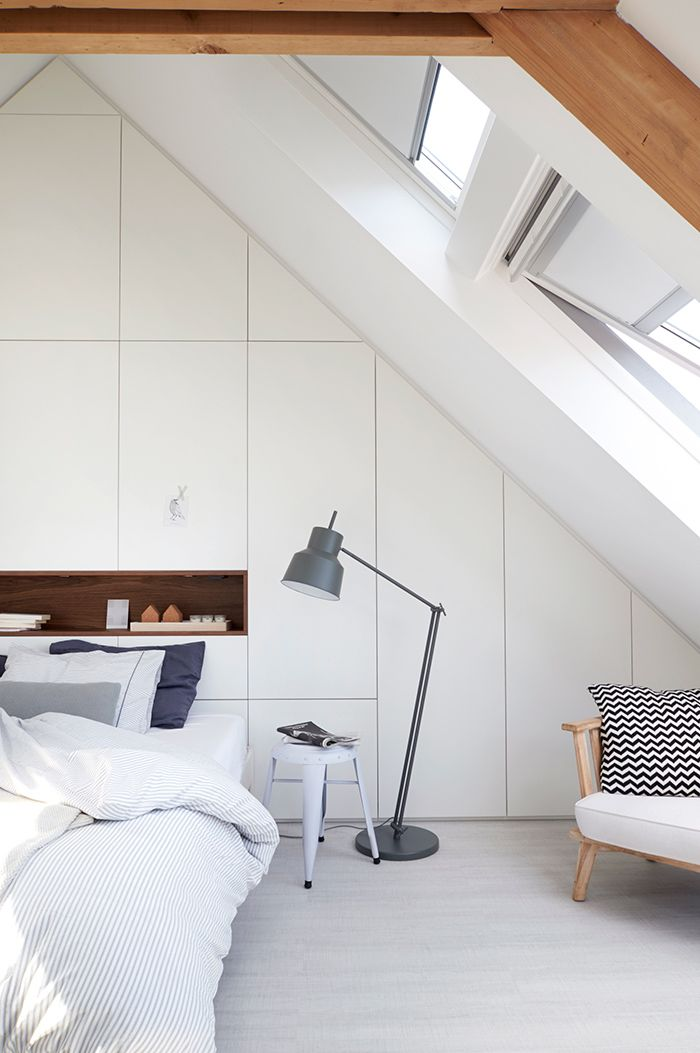 une chambre sous les toits altzariak pinterest. Black Bedroom Furniture Sets. Home Design Ideas