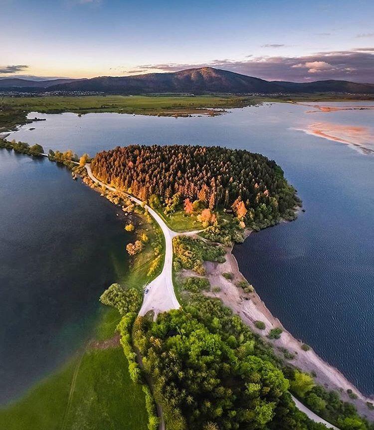 Slovenia V Instagram Lake Cerknica Photo By Ninalozej Selected By Sanya Lt Founder Of Igslovenia Lake Cerknica Is One Of The Lar Slovenia Sanya Lake