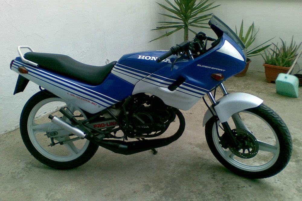 En Los 80 Y 90 Las Motos Deportivas Con Motores 2t Eran El Sueño De Muchos Algunas De Ellas Marcaron A Toda Una Gen Modelos De Motos Honda Motos Niños En Moto