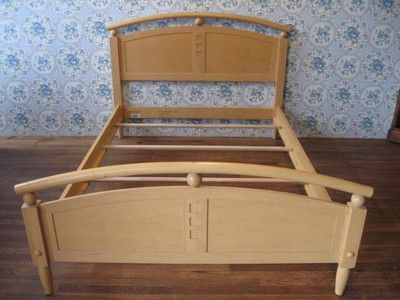 Ethan Allen American Dimensions Collection Maple Double Arched Bed