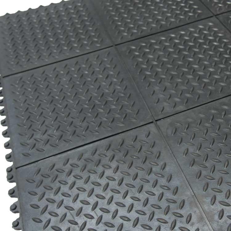 """Revolution DiamondPlate"" Interlocking Floor Tiles"