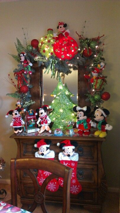 a disney christmas with mickey and minnie disney christmas decorations disney world christmas - Disney Christmas Decorations 2017