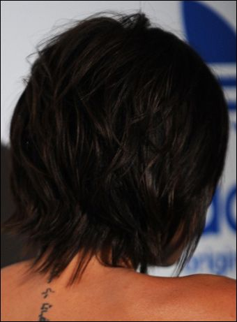 Victoria Beckham S Messy Short Hairstyle Victoria Beckham Hair Victoria Beckham Short Hair Front Hair Styles
