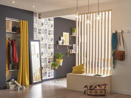 fabriquer une cloison ajour e en tasseaux de bois avec un coffre int gr entr e pinterest. Black Bedroom Furniture Sets. Home Design Ideas
