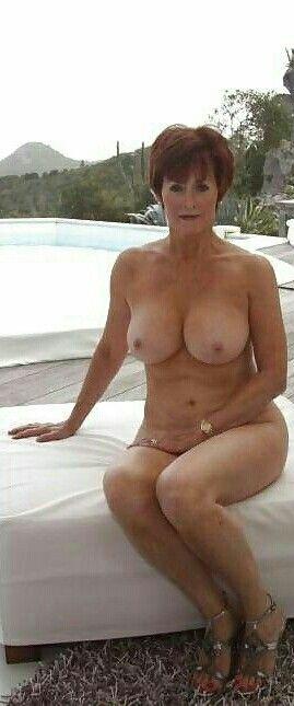 Nude sexy grandma