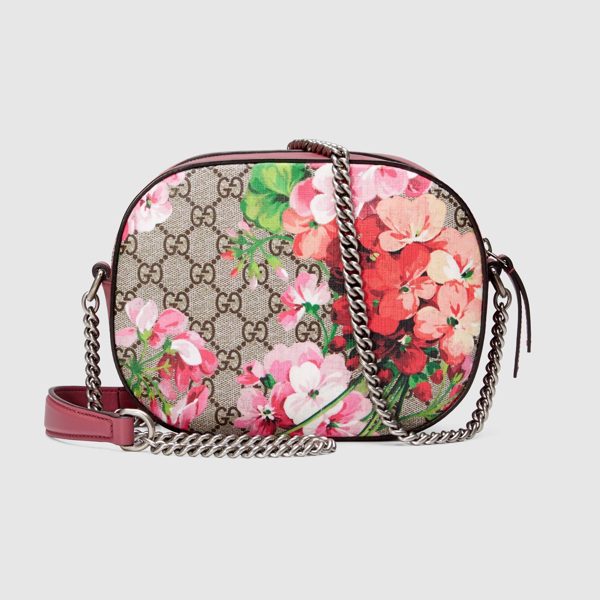 c16bd1bdcbad Gucci Women - Blooms GG Supreme mini chain bag - 409535KU2IN8693 ...