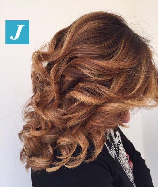 Il Degradé Joelle è la colorazione personalizzata in base ai vostri desideri e alle vostre esigenze. #cdj #degradejoelle #tagliopuntearia #degradé #igers #musthave #hair #hairstyle #haircolour #haircut #longhair #ootd #hairfashion